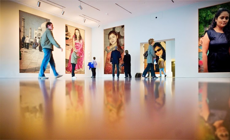 PhotoFunia photo Gallery create a remarkable gallery with 4 photos