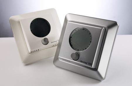 The DEVIreg 550 thermostats in white / silver for DEVImat underfloor