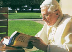 Pope reading the Fix