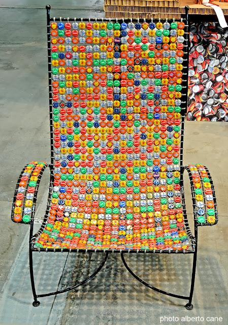 sedia di materiale riciclato