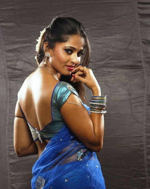 hot actress anushka photos
