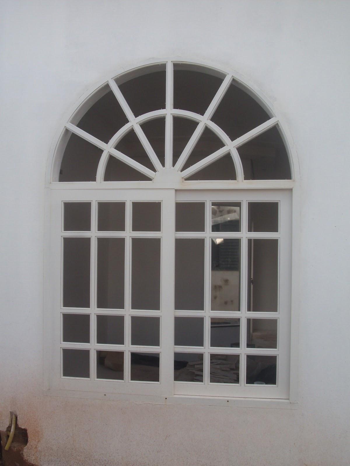 #655950  de uma Construção: Portas e janelas brancas Glamour ou Desastre 1594 Vidros Ou Janelas Eletrocrômicos