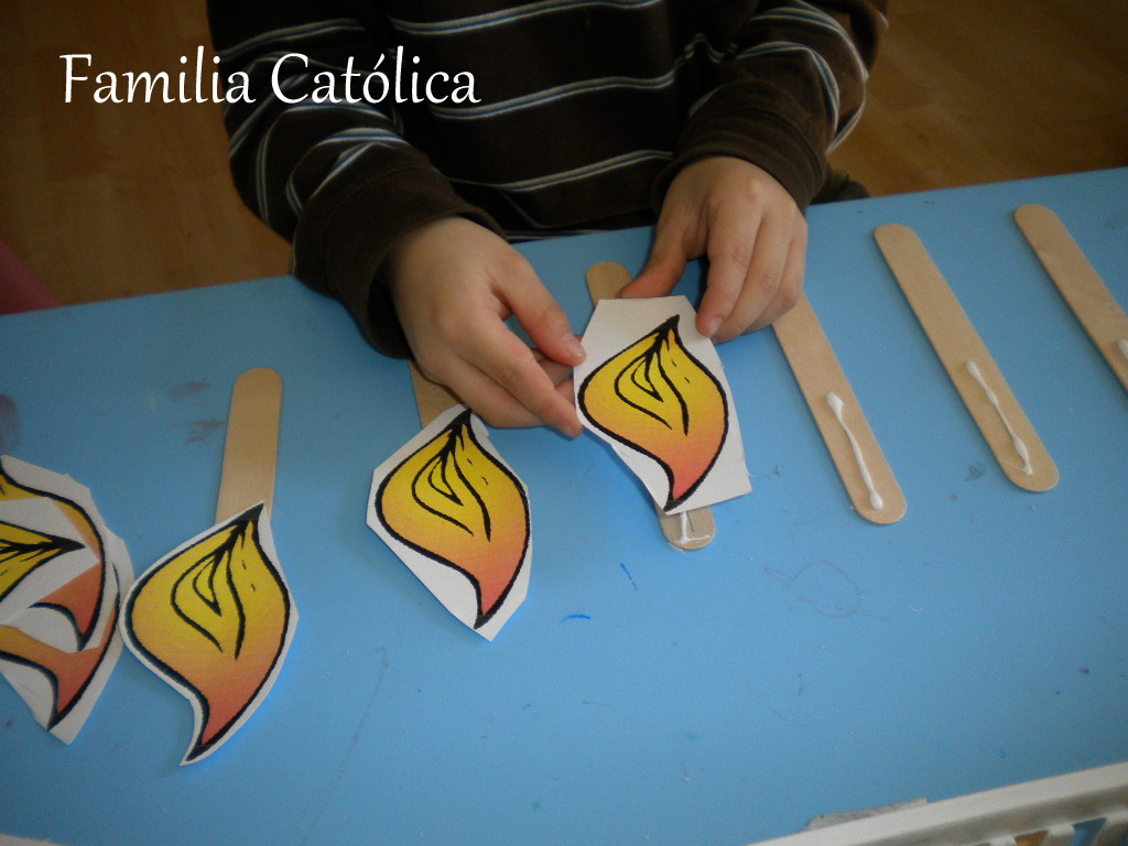 Familia Católica: Manualidad para rezar la Novena al Espíritu Santo