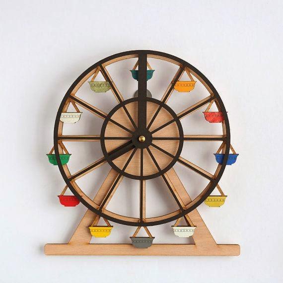 reloj-noria-en-madera