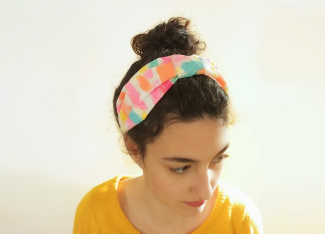 http://curlymade.blogspot.pt/2015/04/diy-turban-headband-anthropologie.html