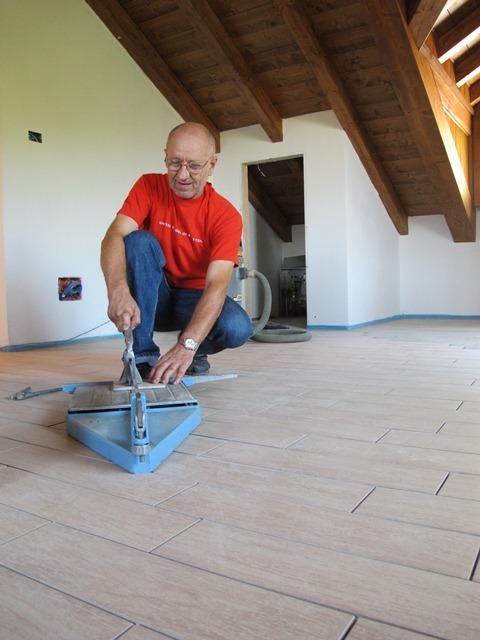 Pavimenti e rivestimenti posa e trattamento la ceramica - Pulizia piastrelle dopo posa aceto ...
