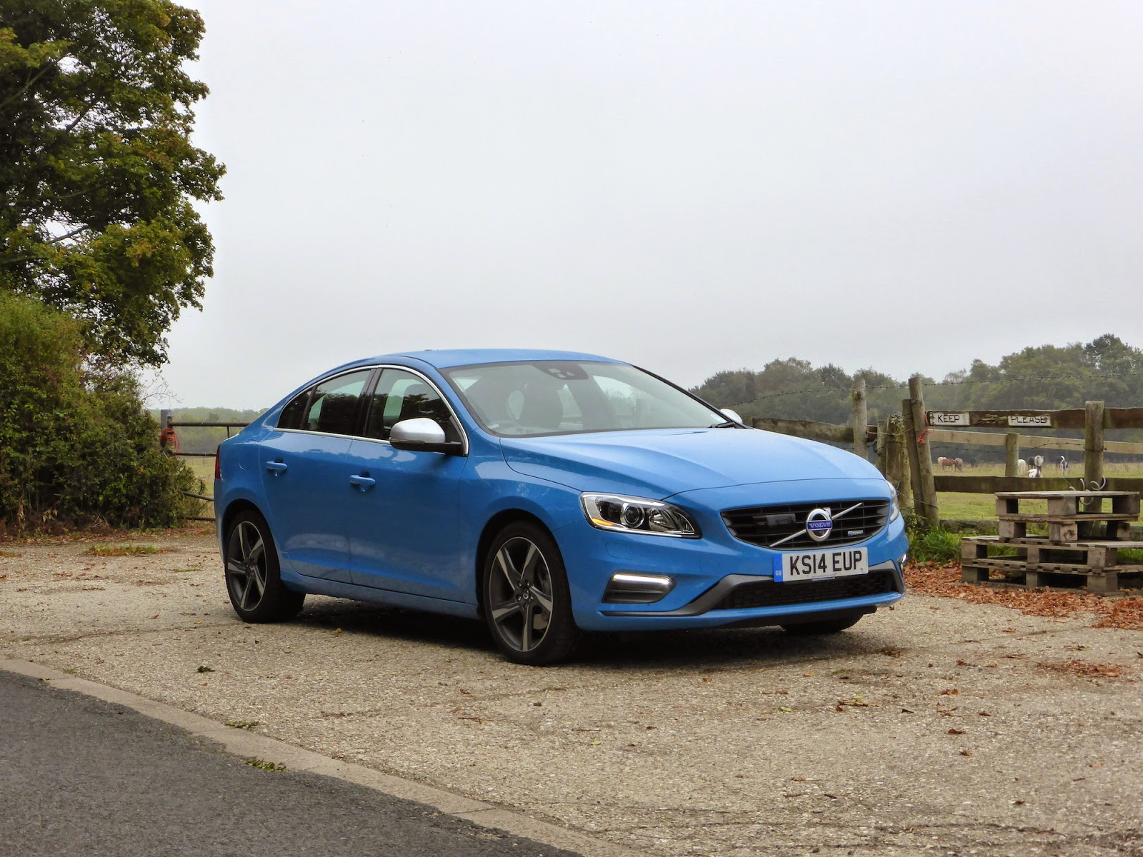 speedmonkey 2014 volvo s60 d5 r design review. Black Bedroom Furniture Sets. Home Design Ideas