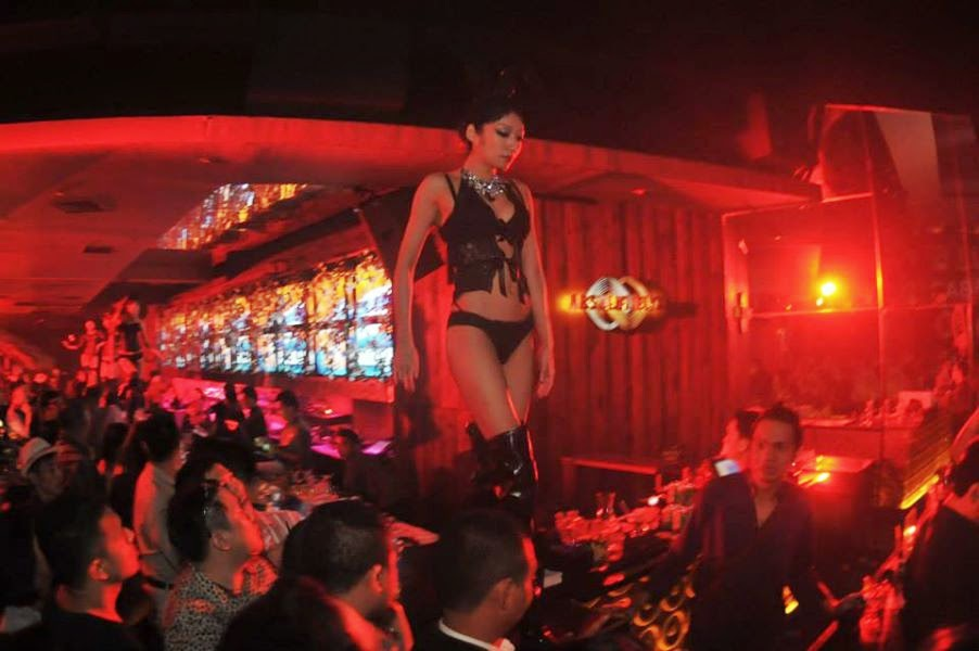 Asia Strip bars