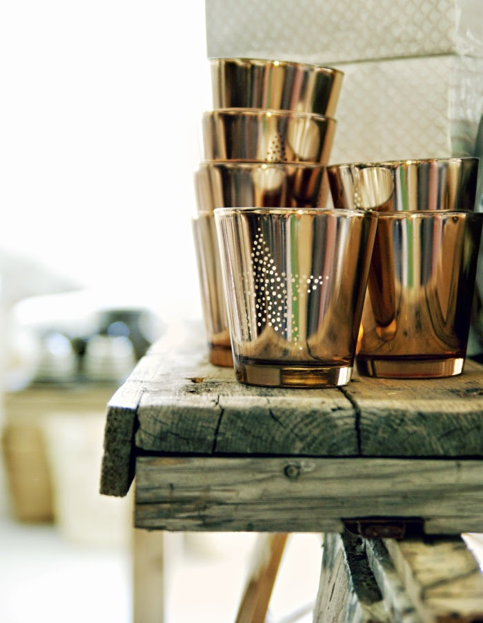 candle holder star, tiirinkosken tehdas, copper, vanha harmaa lankkupöytä