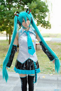 Aice cosplay as Vocaloid Hatsune Miku