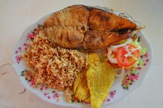 En Dibulla comimos delicioso pescado fresco. Foto: Jorge Bela