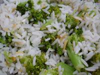 Arroz com Brócolis e Alho (vegana)