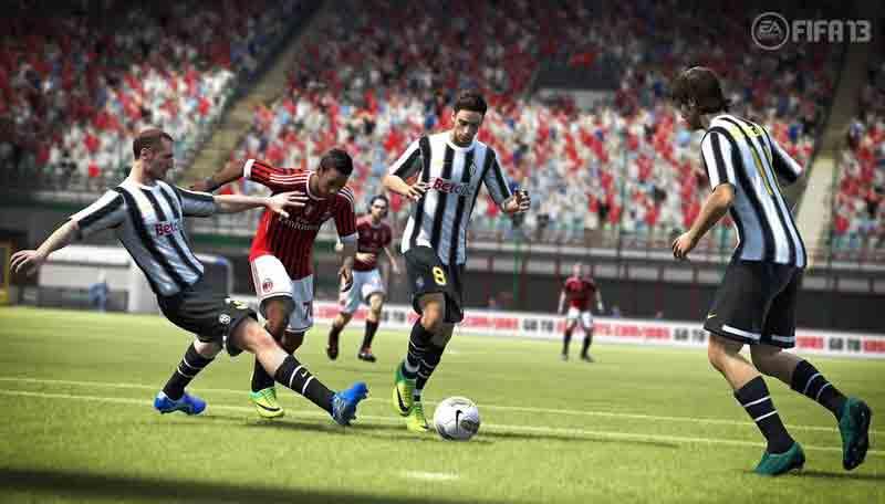 Screen Shot Of FIFA 13 (2012) Full PC Game Free Download At Downloadingzoo.Com