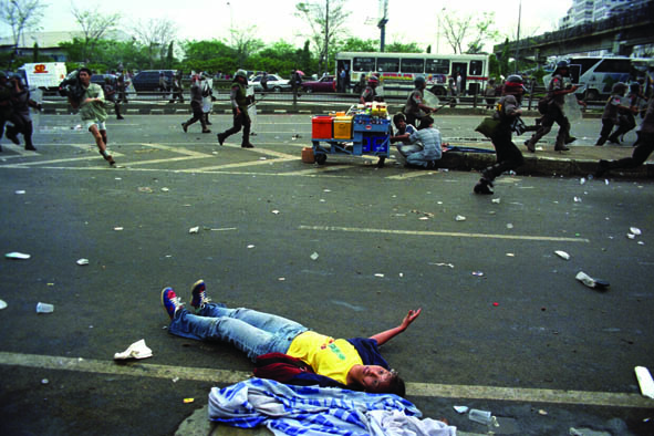 julian sihombing, foto jurnalistik, kerusuhan mei 98