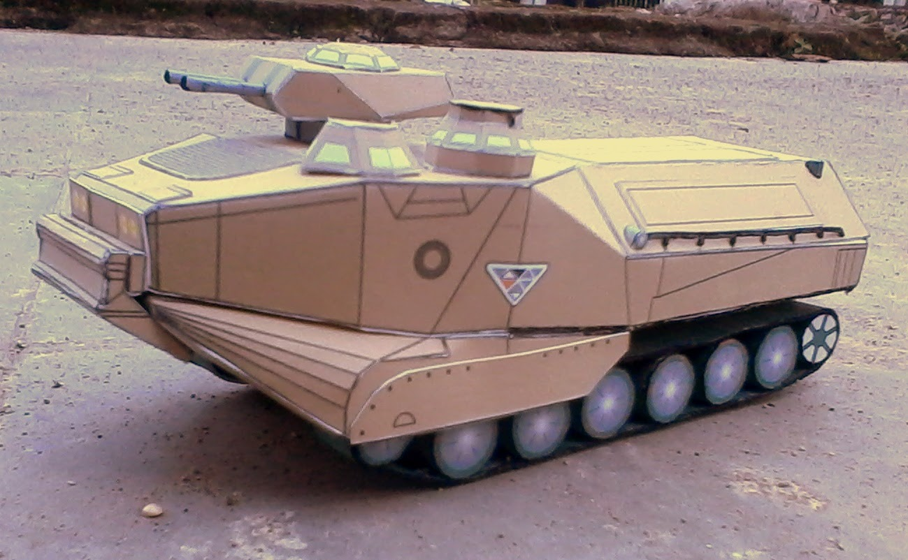Assault Amphibious Vehicle Papercraft