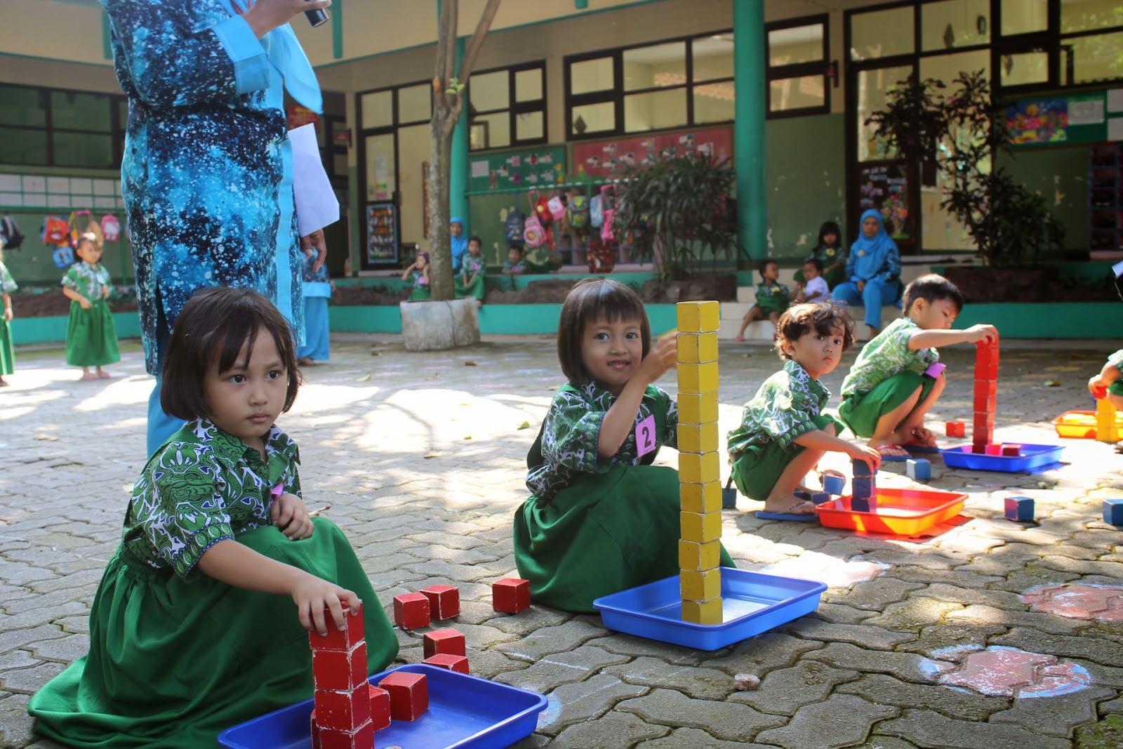 Penguatan Peran Keluarga dalam Pendidikan Anak