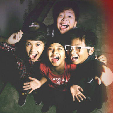 Wallpaper Foto Coboy Junior