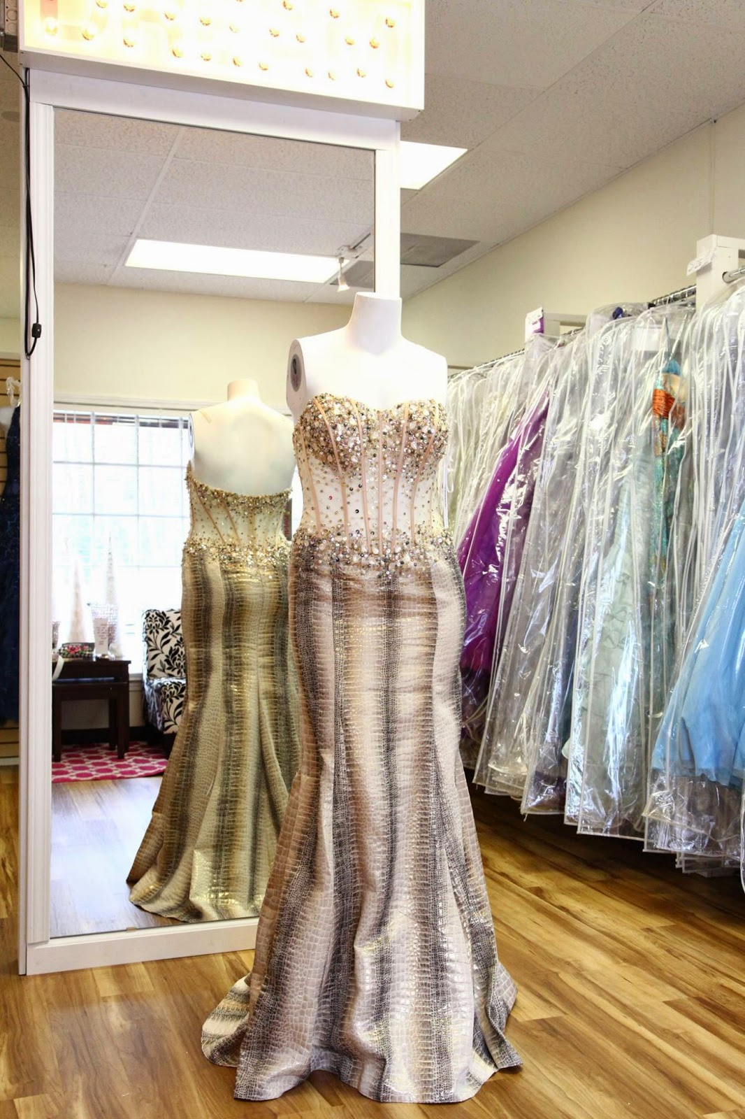 Consignment Wedding Dresses Atlanta Ga : Cash up front for your gently used prom dresses in atlanta