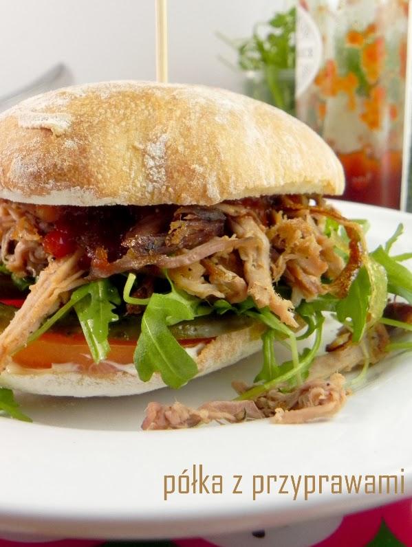 Pulled pork hamburger czyli wyczesana wieprzowina