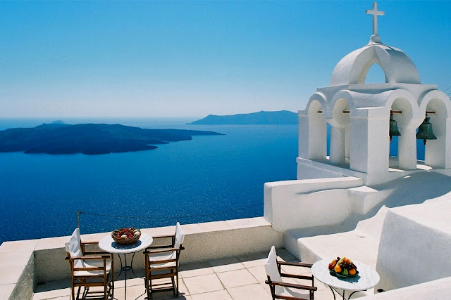 Santorini, Greece Most Romantic Places in the World
