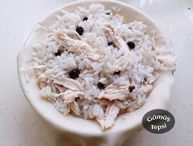 yöresel tarifler,yöresel lezzetler,pratik tarifler, milföy hamurundan tarifler, tavuk yemekleri, bayram için yemek tarifleri, misafirlere ikramlık yemek tarifleri,hamur işleri,kuş üzümlü iç pilav,milföylü tarifler