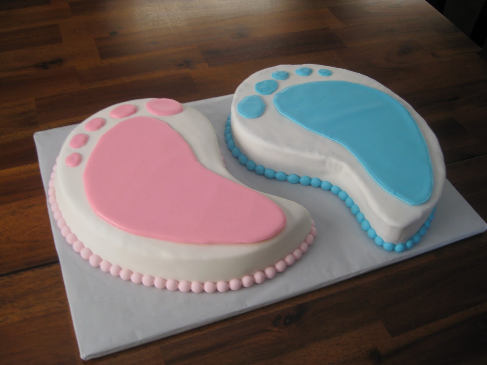 Cake Images For Twins : Ashlynn Leigh Cakes: February 2011