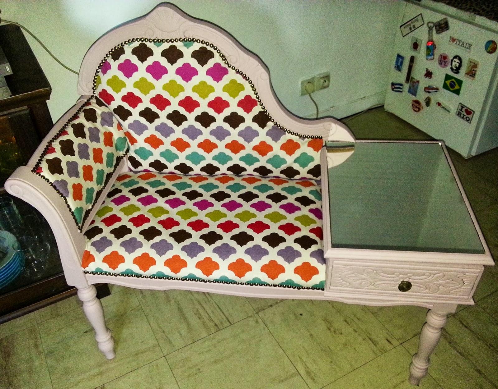 passionalys banquette telephone. Black Bedroom Furniture Sets. Home Design Ideas