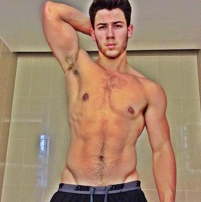 Nick Jonas tweet: Pop star shocked by response to topless tweet