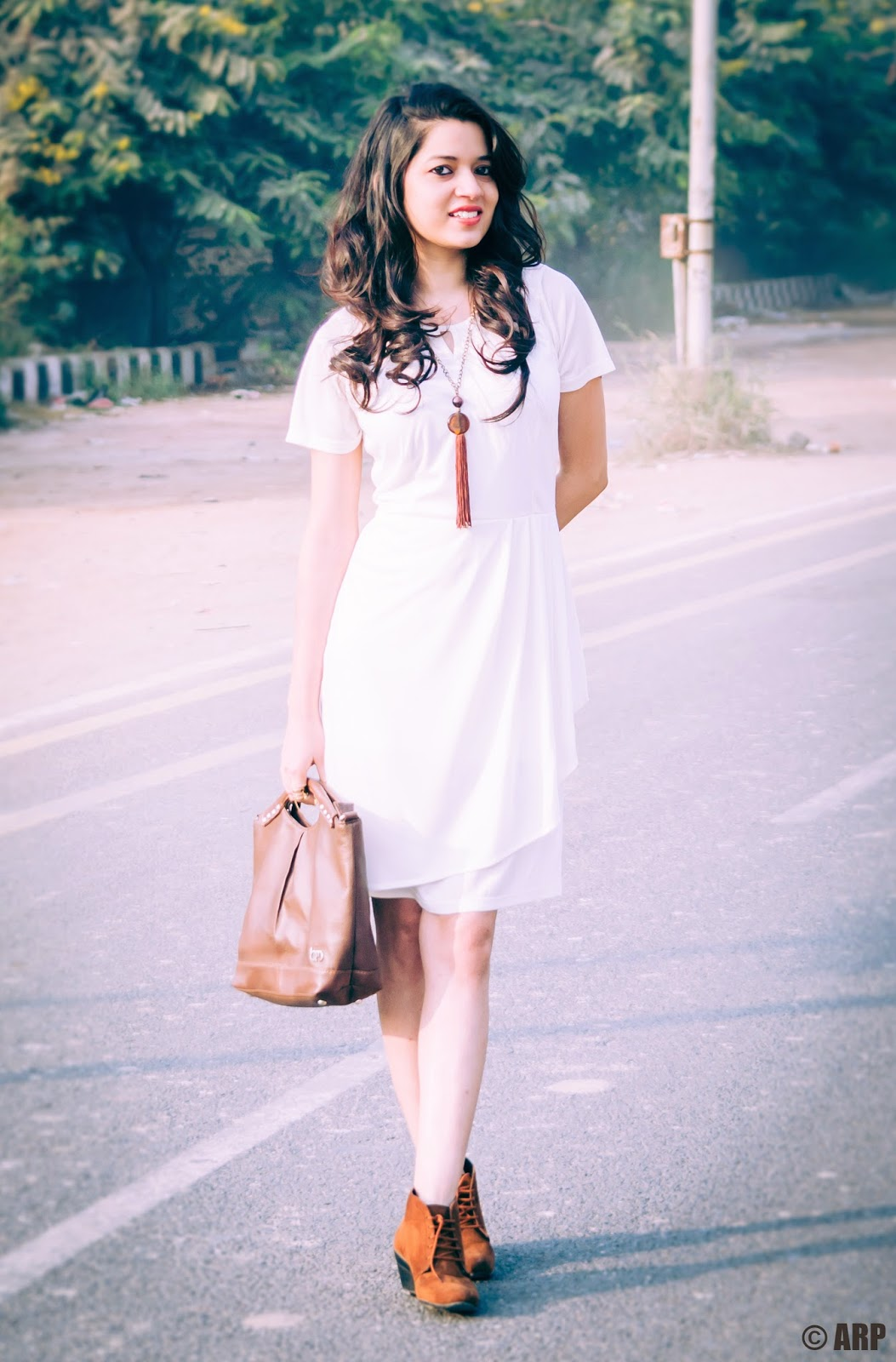 OOTD: Pearl white dress for Autumn