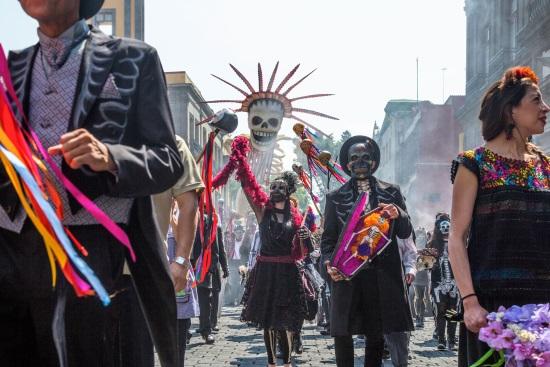 LA CELEBRACIÓN DEL DÍA DE DIFUNTOS EN MÉXICO