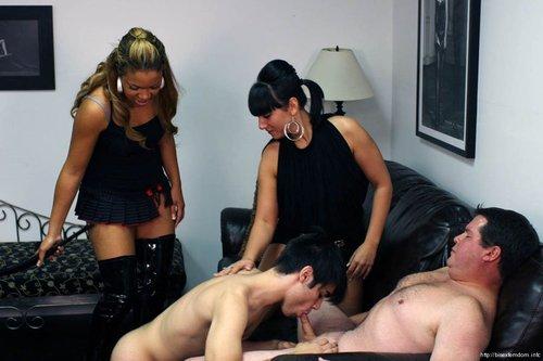 Sexy Hangetitten Sexmaschine Bdsm