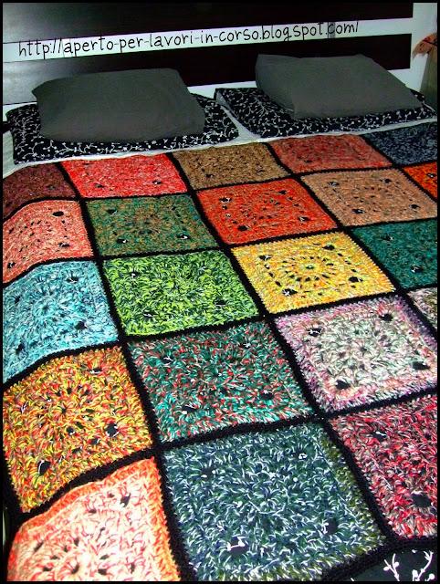2 3 coperta granny come unire le piastrelle granny allof piastrelle uncinetto per coperte - Piastrelle esagonali uncinetto ...