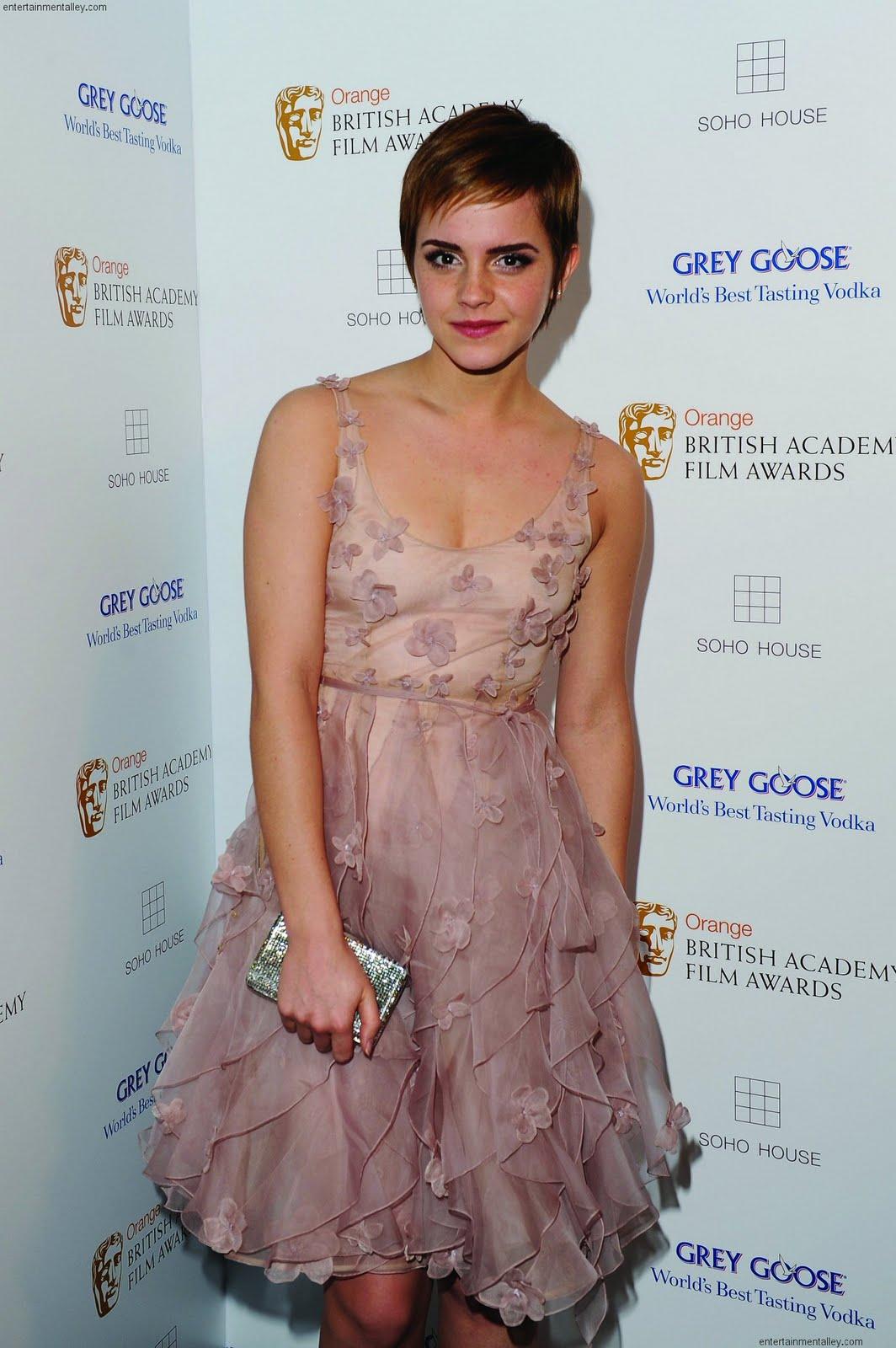 http://1.bp.blogspot.com/-MY2IOuLFZ6c/Td2bdRR_tVI/AAAAAAAAAHs/8jsQEV9-fSg/s1600/BAFTA-SohoHouseAfterParty-EmmaWatson-2.jpg