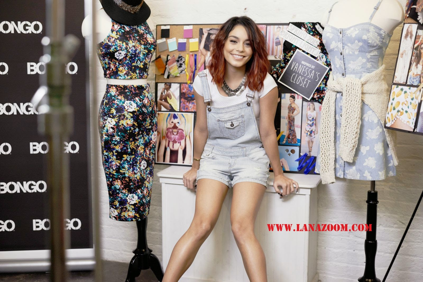 فانيسا هدجينز في صور إعلانية جميلة