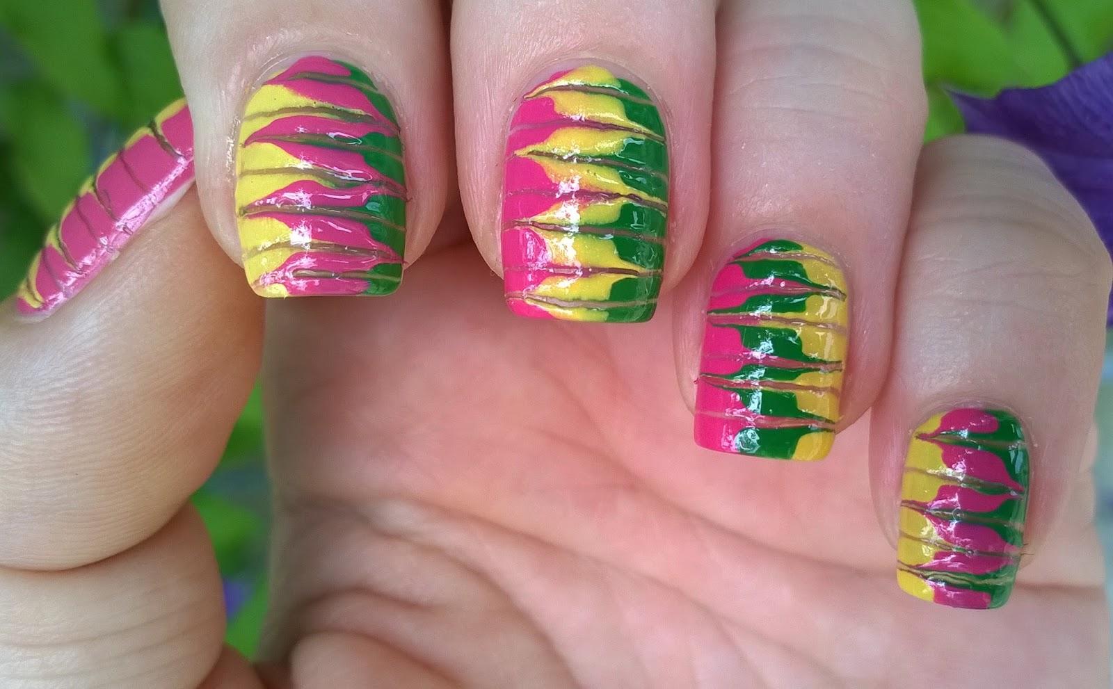 Life World Women Cheerful Marble Nail Art Using Toothpick