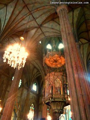 QUIAPO, MANILA: FAITH, FOOD AND TRADE