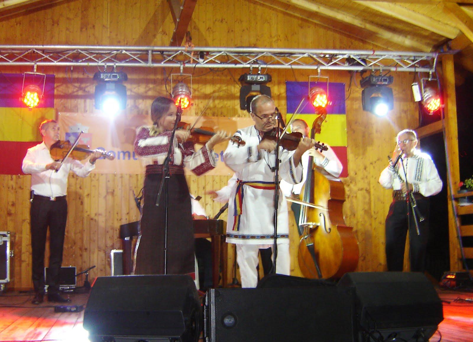Maestrul Ioan Morar și violonista Alina Tăslăvan, la Subcetate: 20 august 2017