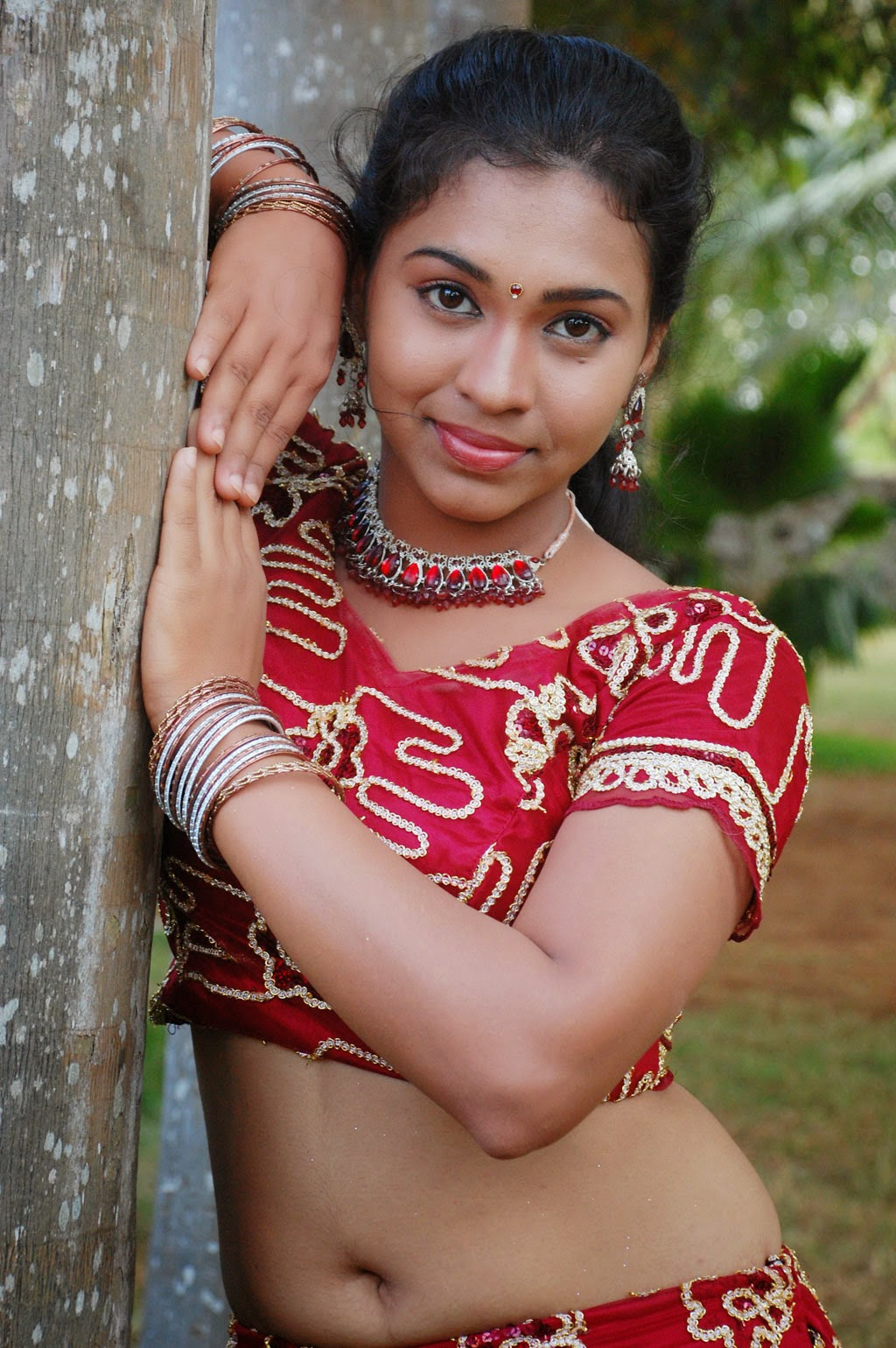 hindu single women in argonia Hindu singles - sign up and you'll find single women and men who are looking for relationship an online dating is free to join for unintrusive flirting and uncompromising dating with singles living in your area.