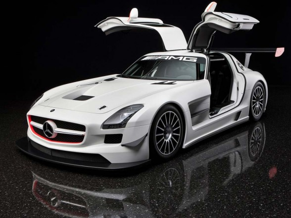 Automotive 39 fly 39 rides mercedes benz sls amg for Mercedes benz sls price