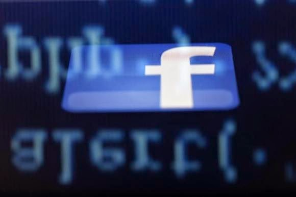 FB claims critical to short-lived blackouts of its websites ll  http://technology-professionales.blogspot.com/2015/01/fb-claims-critical-to-short-lived.html