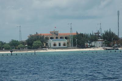 Đảo Sinh Tồn Đông