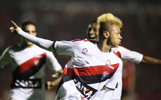 William Henrique é emprestado a clube do futebol japonês