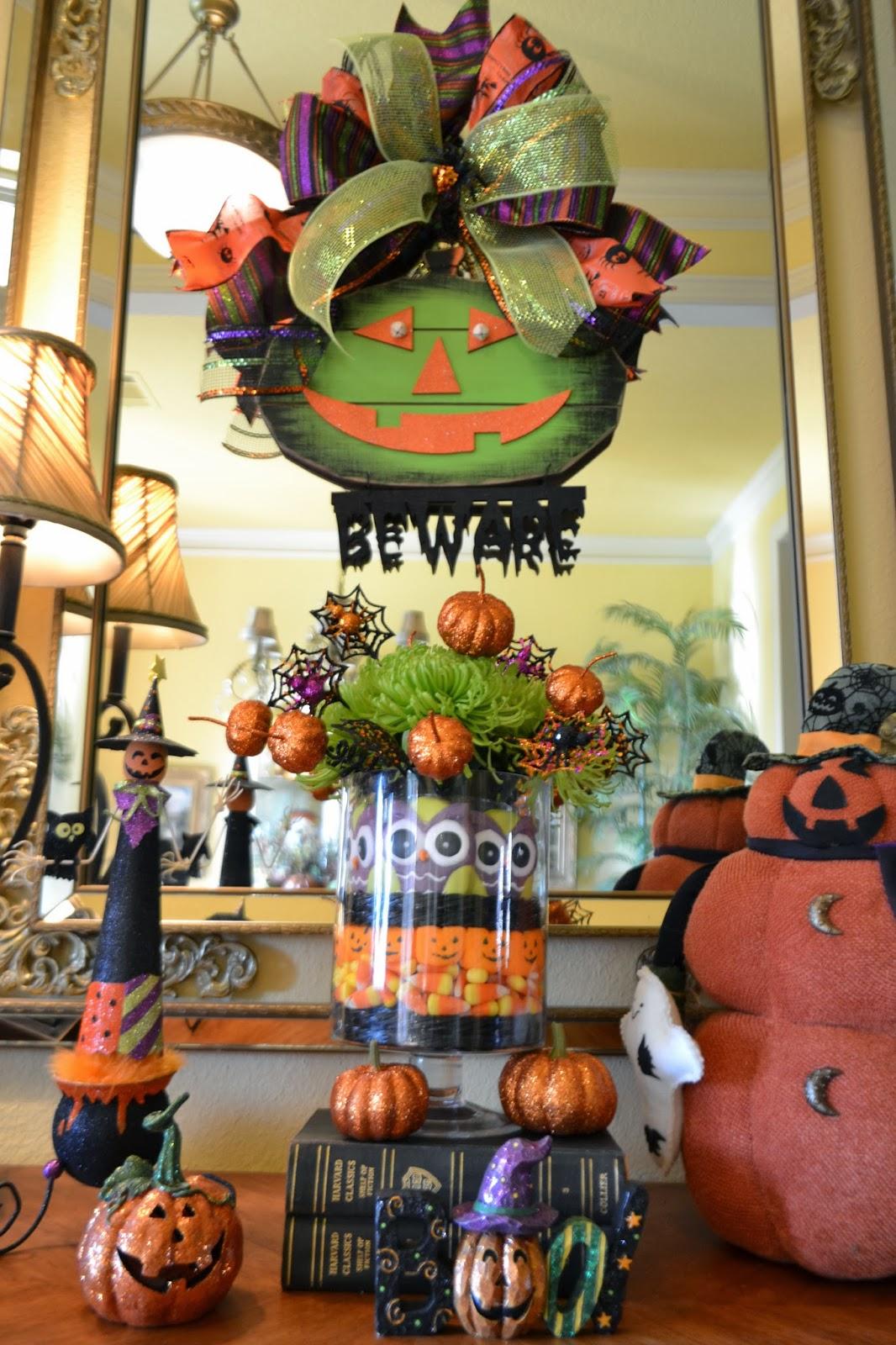 halloween candy arrangement and vignette - Halloween Candy Wreath