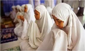 Hukum Wanita Solat Berjemaah Di Masjid Atau Surau