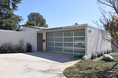 gregory ain park planned home altadena - 2768 highview ave - driveway and garage