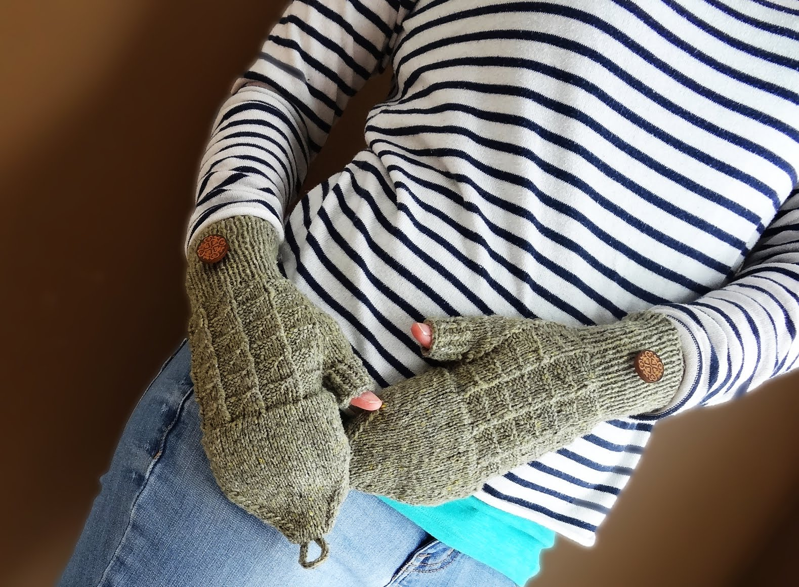 Mr. Cratchit's Convertible Mitts