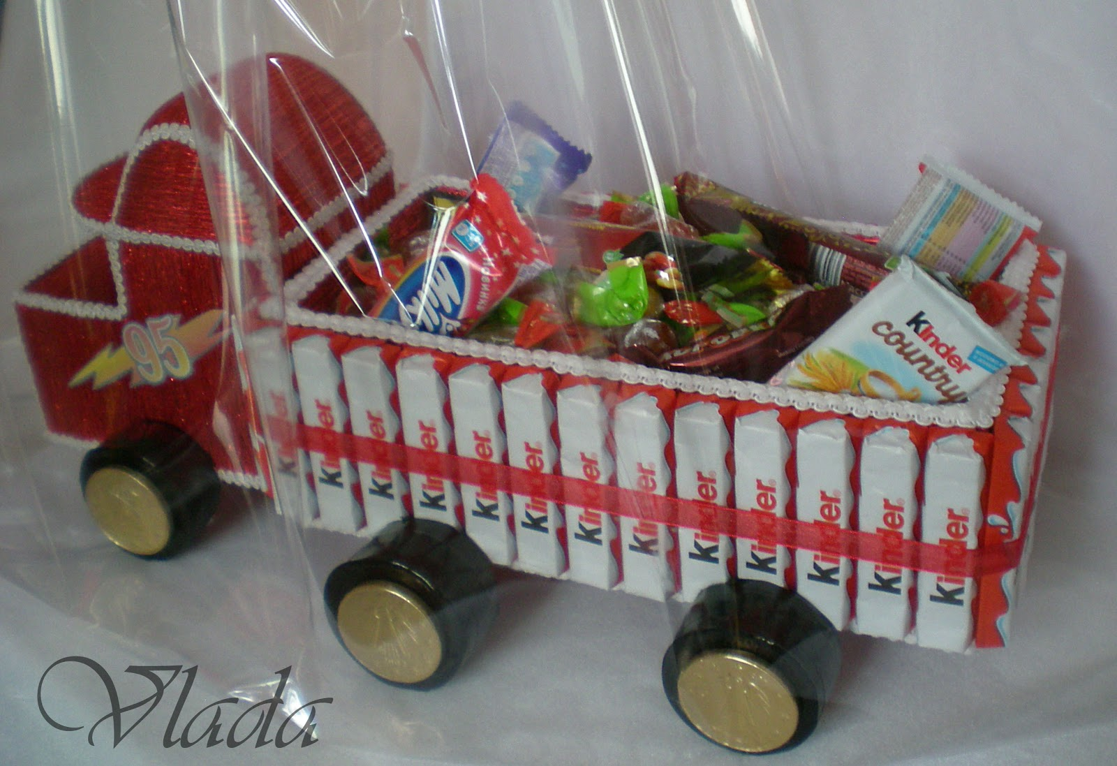 Машинка из конфет своими руками мастер класс фото 152