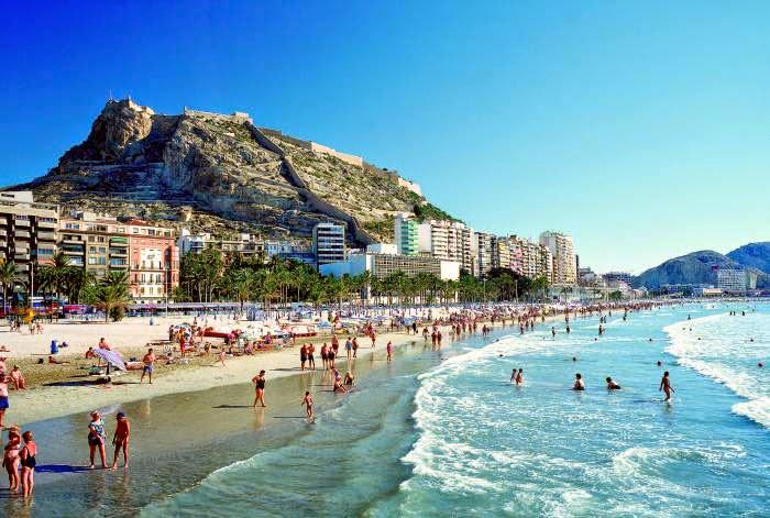La ciudad de Alicante a 45 minutos de Benidorm