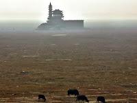 Danau Air Tawar Terbesar di China Kering