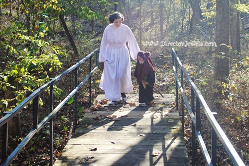 Star Wars Family Costume Ideas - Wicket the Ewok, Yoda, & Princess Leia Cosplay Costumes